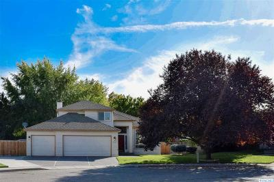 Richland Single Family Home For Sale: 215 Ottawa Ct