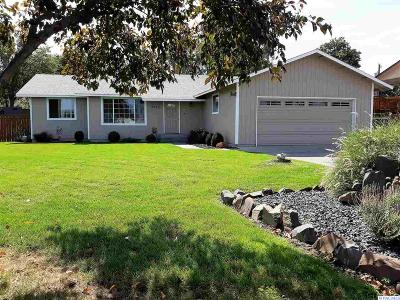 Kennewick Single Family Home For Sale: 6645 W Bonnie Ave.