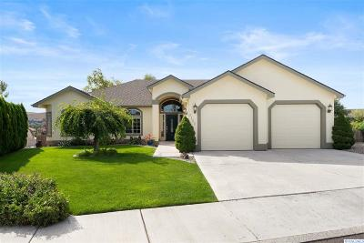 Kennewick Single Family Home For Sale: 3122 Canyon Lakes Drive