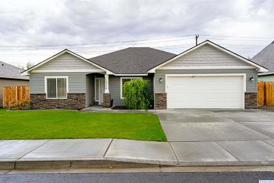 Kennewick Single Family Home For Sale: 10314 W 16th Pl