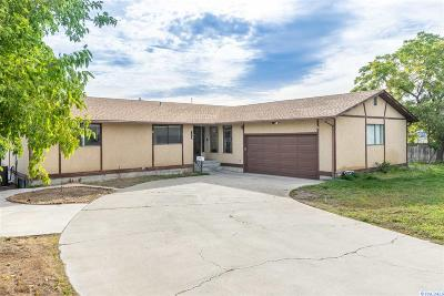 Richland Single Family Home For Sale: 102 Thayer Dr