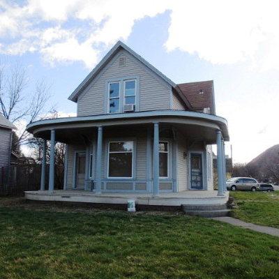 Dayton Single Family Home For Sale: 203 1st Street