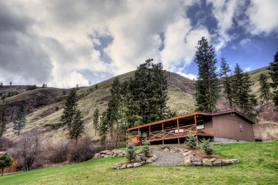 Dayton Single Family Home For Sale: 802 Touchet Road