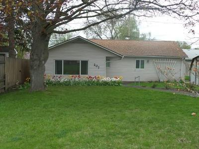 College Place Single Family Home For Sale: 207 Mountain View Drive