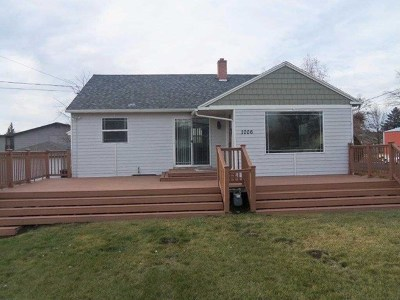 College Place Single Family Home For Sale: 1006 College Avenue