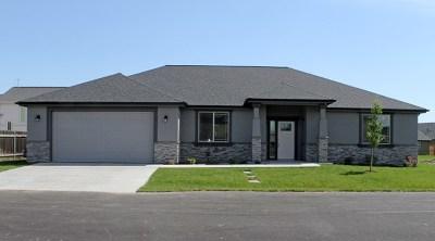 Walla Walla Single Family Home For Sale: 209 Dawn Court