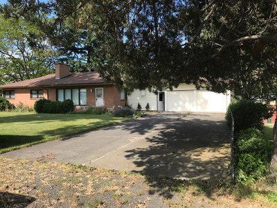 Dayton Single Family Home For Sale: 126 Touchet Road
