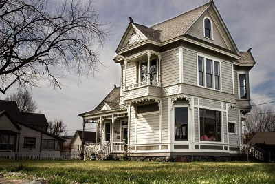Dayton Single Family Home For Sale: 310 3rd Street