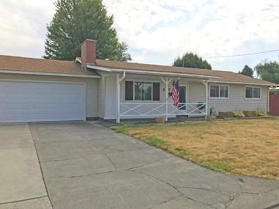 College Place Single Family Home For Sale: 817 Cedar Avenue