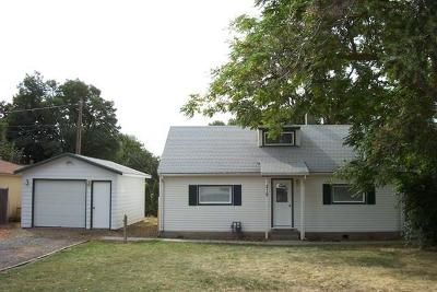 College Place Single Family Home For Sale: 219 12th Street