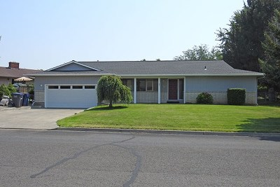 College Place Single Family Home For Sale: 343 Highland Park Drive
