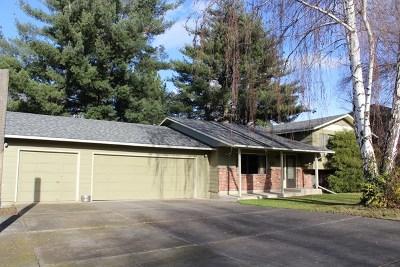 Walla Walla Single Family Home For Sale: 737 Wauna Vista Drive