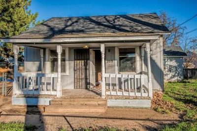 College Place Single Family Home For Sale: 209 Birch Avenue