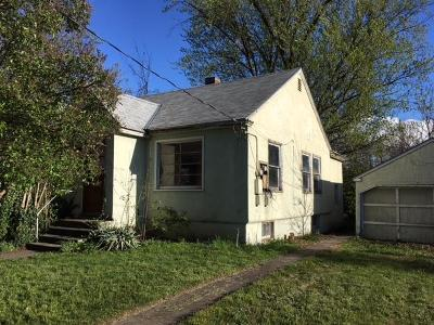 College Place Single Family Home For Sale: 318 6th Street
