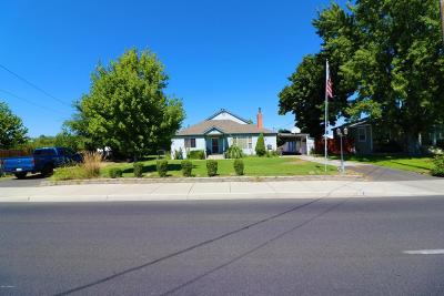 Yakima WA Single Family Home For Sale: $209,000
