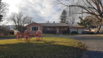 Selah Single Family Home For Sale: 5570 N Wenas Rd