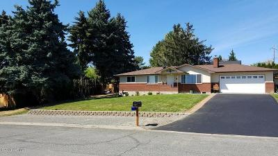 Yakima Single Family Home For Sale: 310 N 66 Ave