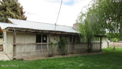Yakima Single Family Home For Sale: 11803 Wide Hollow Rd