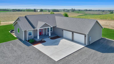 Zillah Single Family Home For Sale: 3254 E Zillah Dr