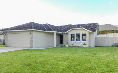 Yakima Single Family Home For Sale: 5405 Pear Butte Dr