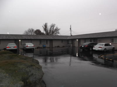 Yakima Multi Family Home For Sale: 1015 S 42nd Ave #A-D