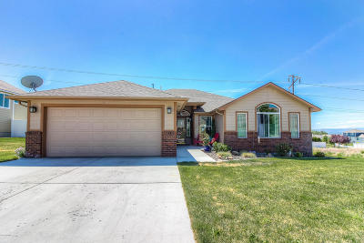 Yakima Single Family Home For Sale: 5002 Boulder Way