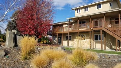 Yakima Single Family Home For Sale: 810 Country Club Dr Dr