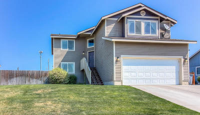 Zillah Single Family Home For Sale: 505 Virginia Ct