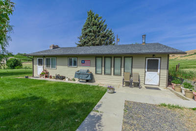 Selah Single Family Home Ctg Release Clause: 1143 Collins Rd
