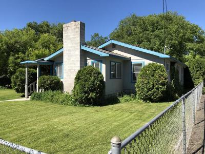 Yakima Single Family Home For Sale: 2116 Cornell Ave