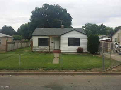 Yakima Single Family Home Contingent: 1616 S 4 Th Ave