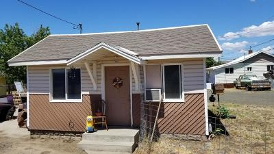 Yakima Single Family Home Contingent: 909 La Folette St
