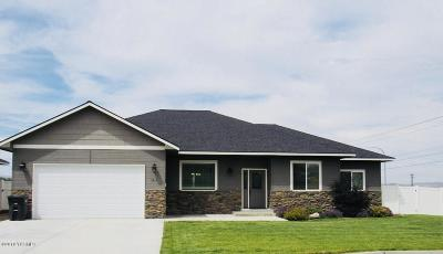 Yakima Single Family Home For Sale: 7201 Crown Crest Ave