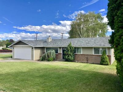 Yakima Single Family Home For Sale: 3206 Mountainview Ave