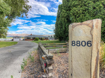 Yakima Single Family Home Contingent: 8806 Zier Rd