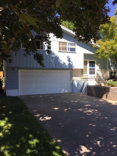 Yakima Single Family Home For Sale: 604 N 52nd Ave
