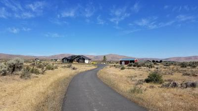 Yakima Single Family Home Ctg Financing: 551 Redtail Rd