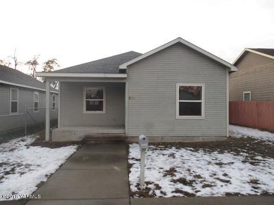Yakima Single Family Home Contingent: 804 S 6th St