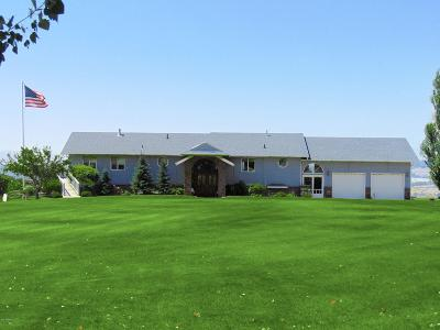 Selah Single Family Home For Sale: 933 Rest Haven Rd