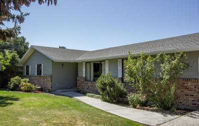 Yakima Single Family Home For Sale: 7812 Roza Hill Dr