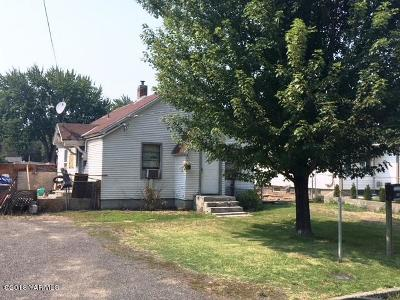 Yakima Single Family Home For Sale: 1222 S 10th Ave