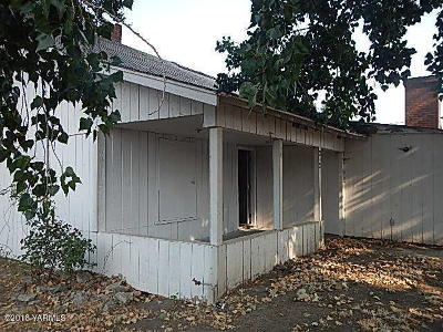 Grandview WA Single Family Home For Sale: $55,500