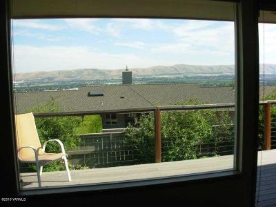 Yakima County Single Family Home For Sale: 5810 Scenic Dr