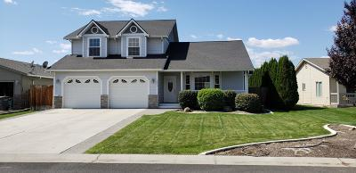 Yakima Single Family Home For Sale: 2412 S 73rd Ave