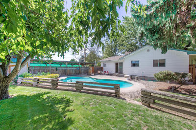 Yakima Single Family Home Ctg Financing: 1011 S 34th Ave