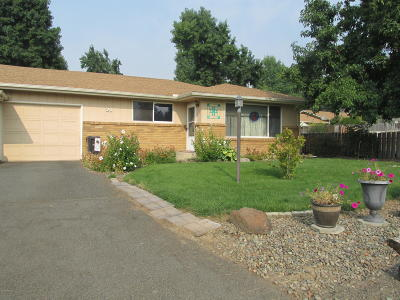 Yakima Condo/Townhouse Contingent: 112 N 76th Ave #21