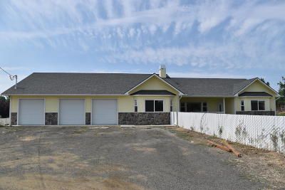 Yakima Single Family Home For Sale: 206 S Pear Ave