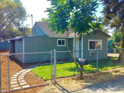 Yakima Single Family Home For Sale: 2404 Fairbanks Ave