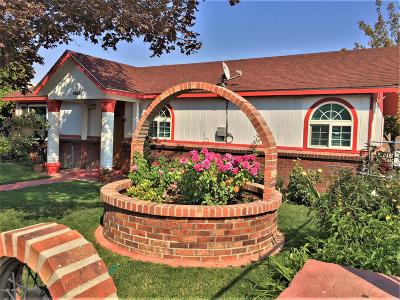 Sunnyside Single Family Home For Sale: 1008 S 10th St