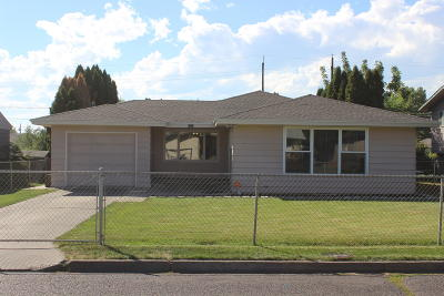 Yakima Single Family Home Contingent: 1512 S 6th Ave